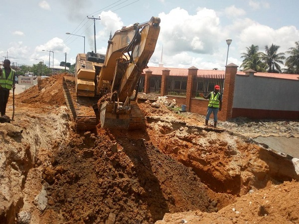 Calabar South Residents Commend Ayade Over Roads and Gully Intervention
